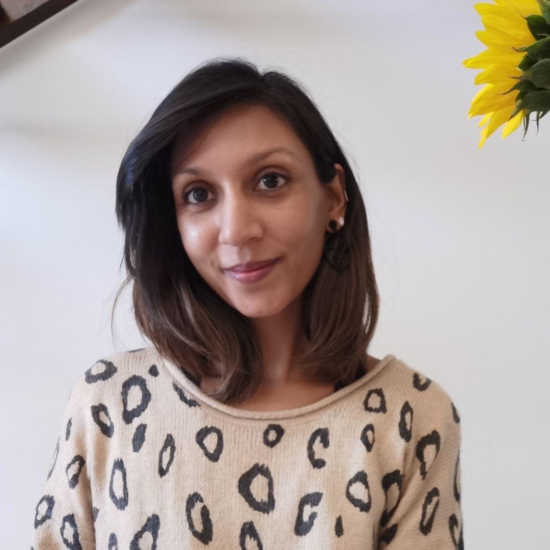 Deepa, Holistic & Art Therapy